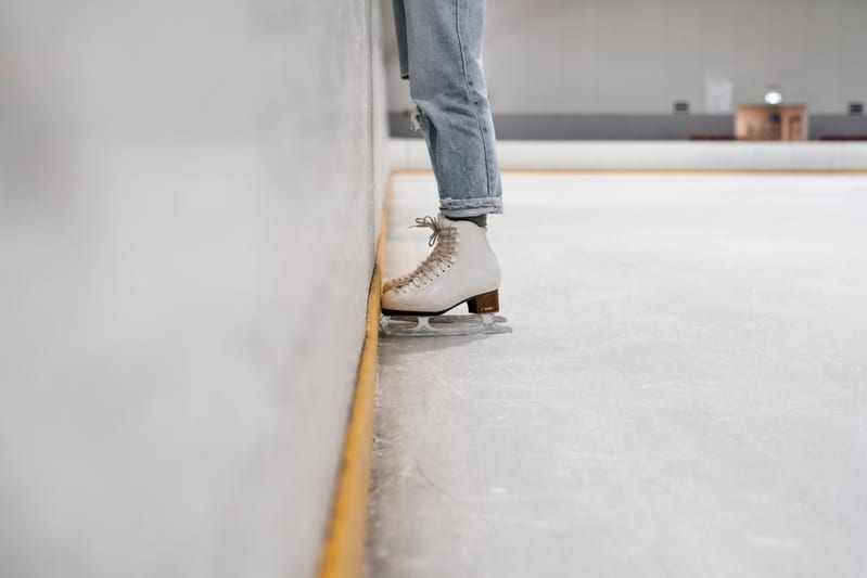 picture of someone ice skating